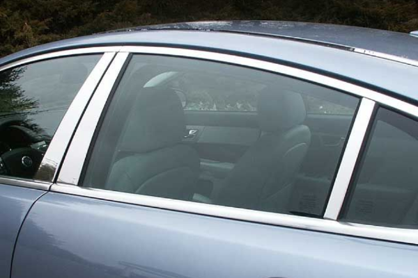 Jaguar XE Chrome Door Pillars